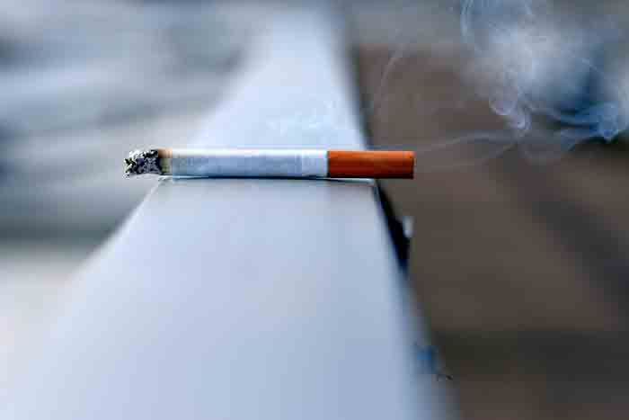 Many people say smoking should be banned and some say it is not a good idea