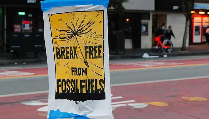 The international community must act immediately to ensure all nations to reduce their consumption of fossil fuels